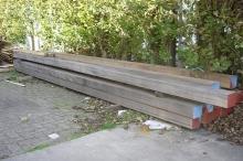 Van Kempen Houthandel - azobe palen, vergrijsd